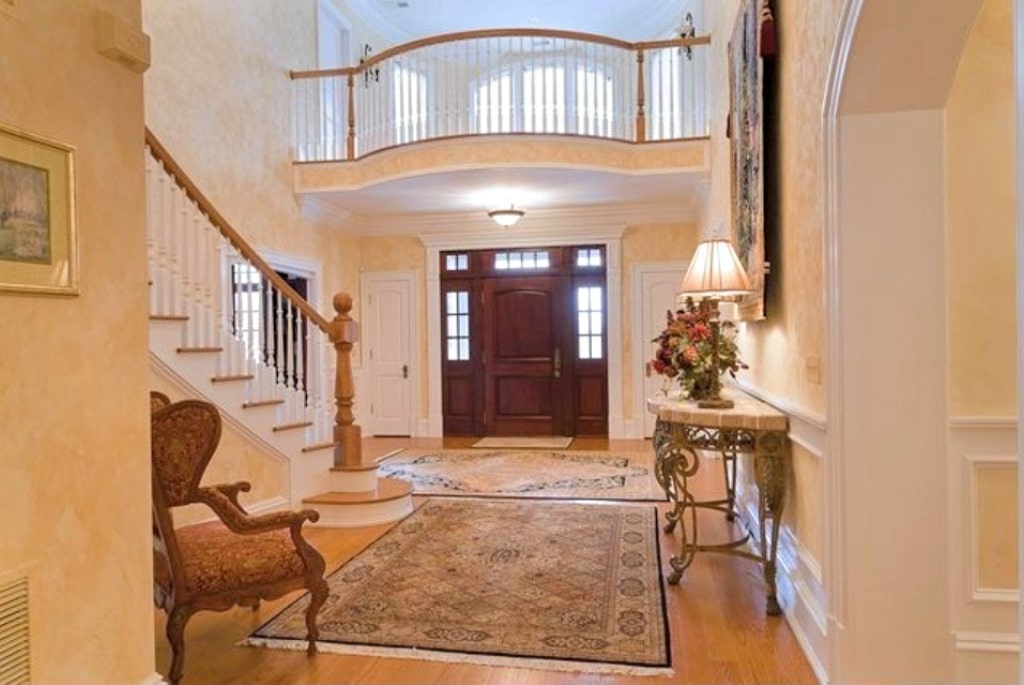 French Country home foyer in Katonah NY