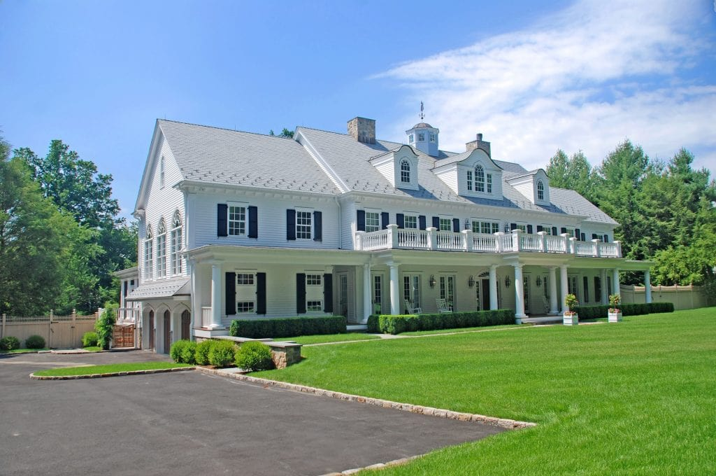 Grand Colonial home design in Connecticut by DeMotte Architects