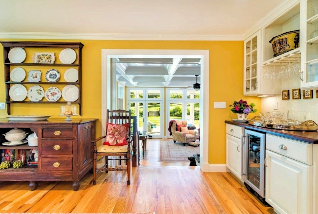 Ridgefield CT Dutch Colonial interior