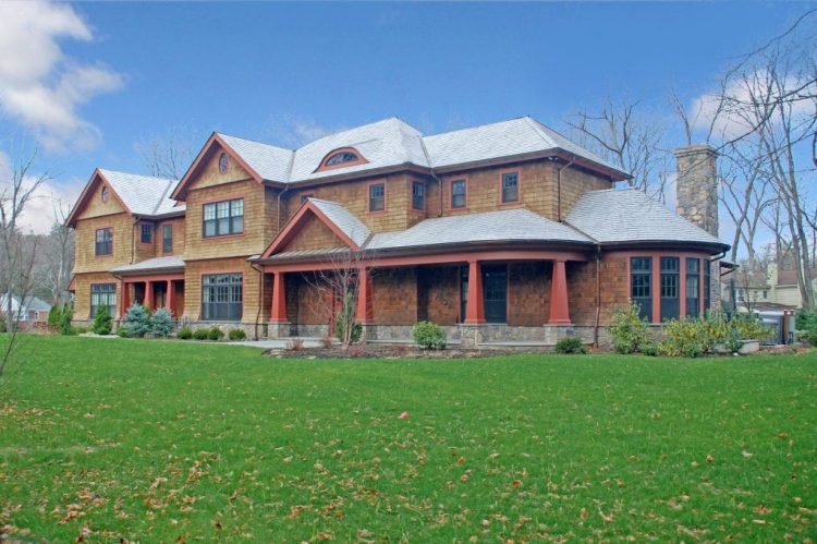 Shingle style home design by DeMotte Architects in Westchester County NY