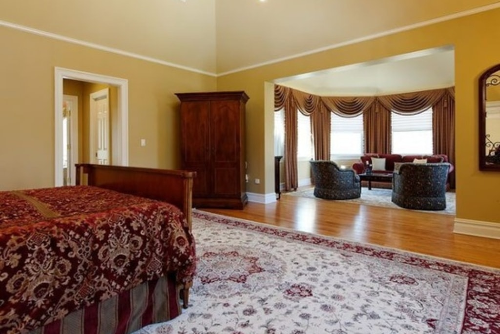 Shingle style home in Westchester County NY bedroom
