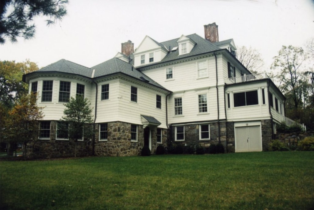1800s home exterior after addition by DeMotte Architects