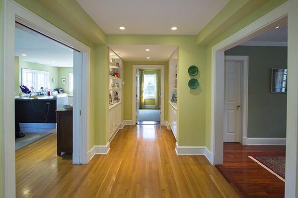 rye ny colonial addition hallway