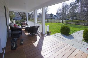 ny colonial addition porch by demotte architects