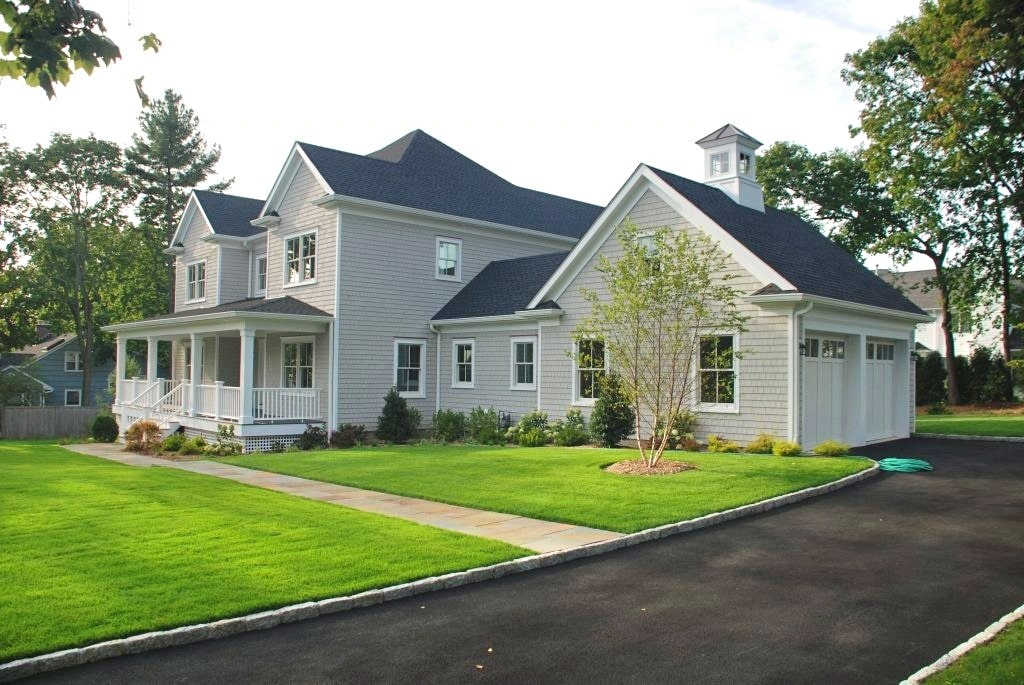 Rye Brook NY home designed by DeMotte Architects