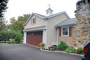 Garage addition home design in Brookfield CT