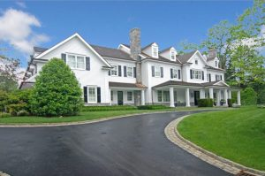 Colonial home in Greenwich CT by DeMotte Architects exterior