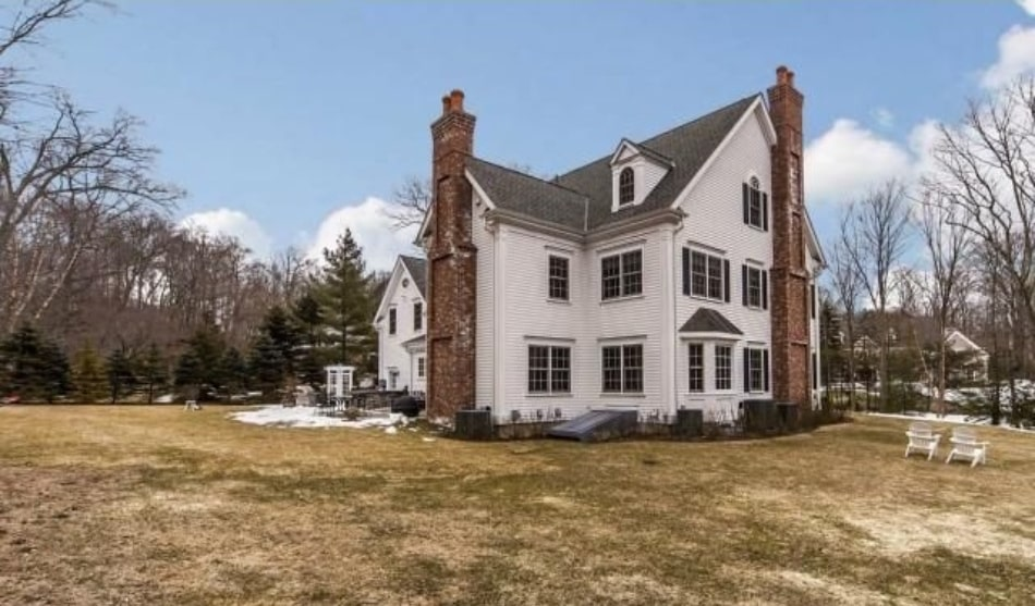 New Canaan CT home exterior
