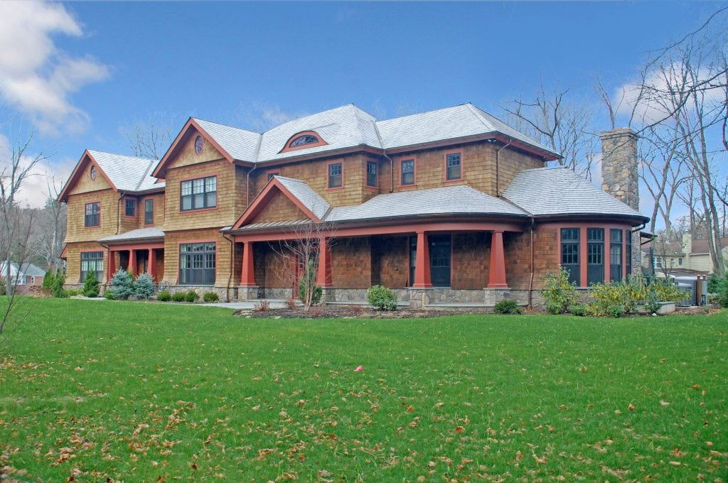 Custom house by CT & NY shingle home architect DeMotte Architects