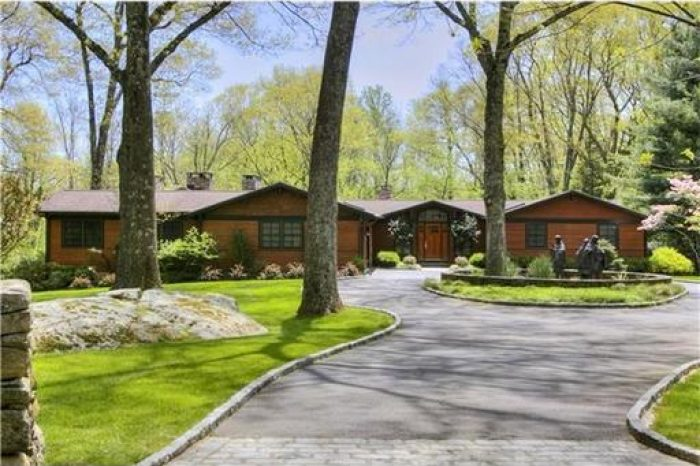 arts and crafts ranch in weston ct